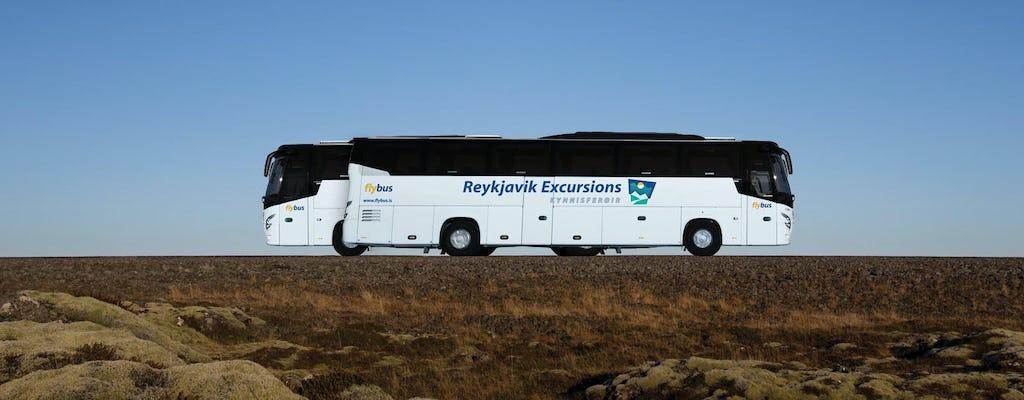 Autobus z lotniska w Keflavíku do centrum Reykjavíku