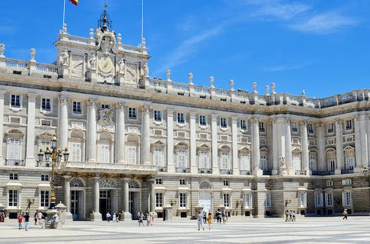 Habsburgs Madrid walking tour and Royal Palace