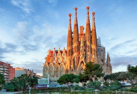 Entrada preferencial e visita guiada à Sagrada Família