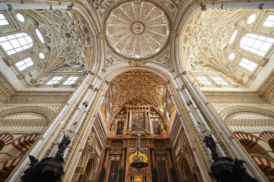 Skip-the-line tickets and guided tour to the Cathedral-Mosque and Jewish Quarter of Córdoba