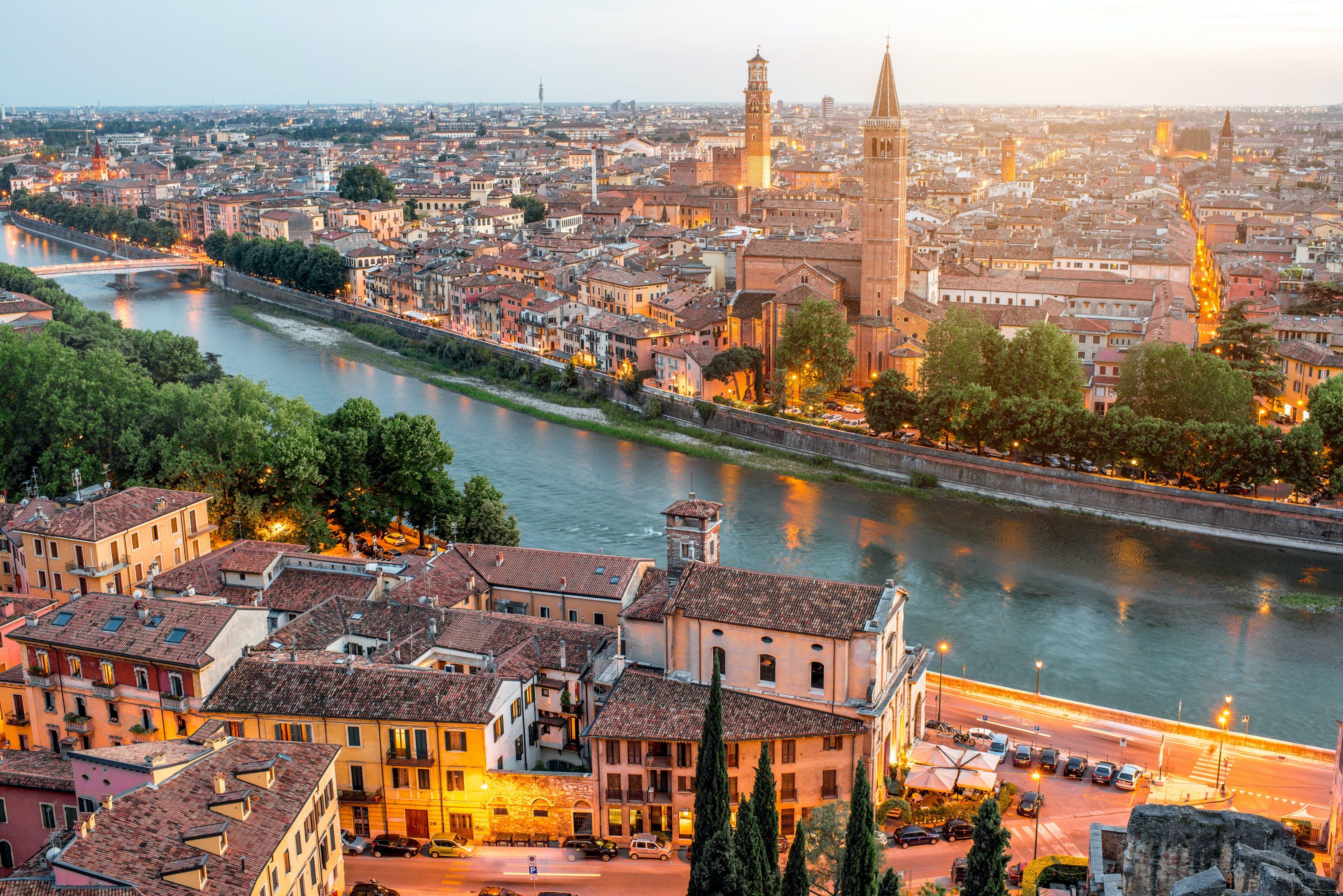 Ver la ciudad,Tours andando,Tour por Verona