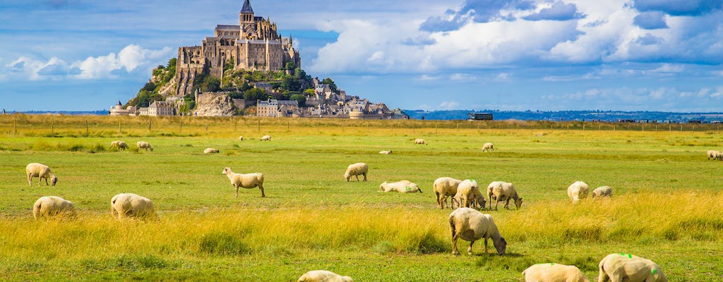 Tickets for the Abbey of Mont Saint-Michel with transport from Paris