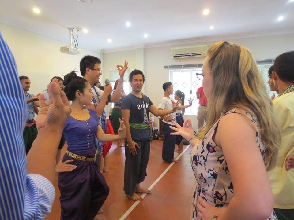 Phnom Penh Music & Dance Tour: Traditional Cambodian Dance & Opera