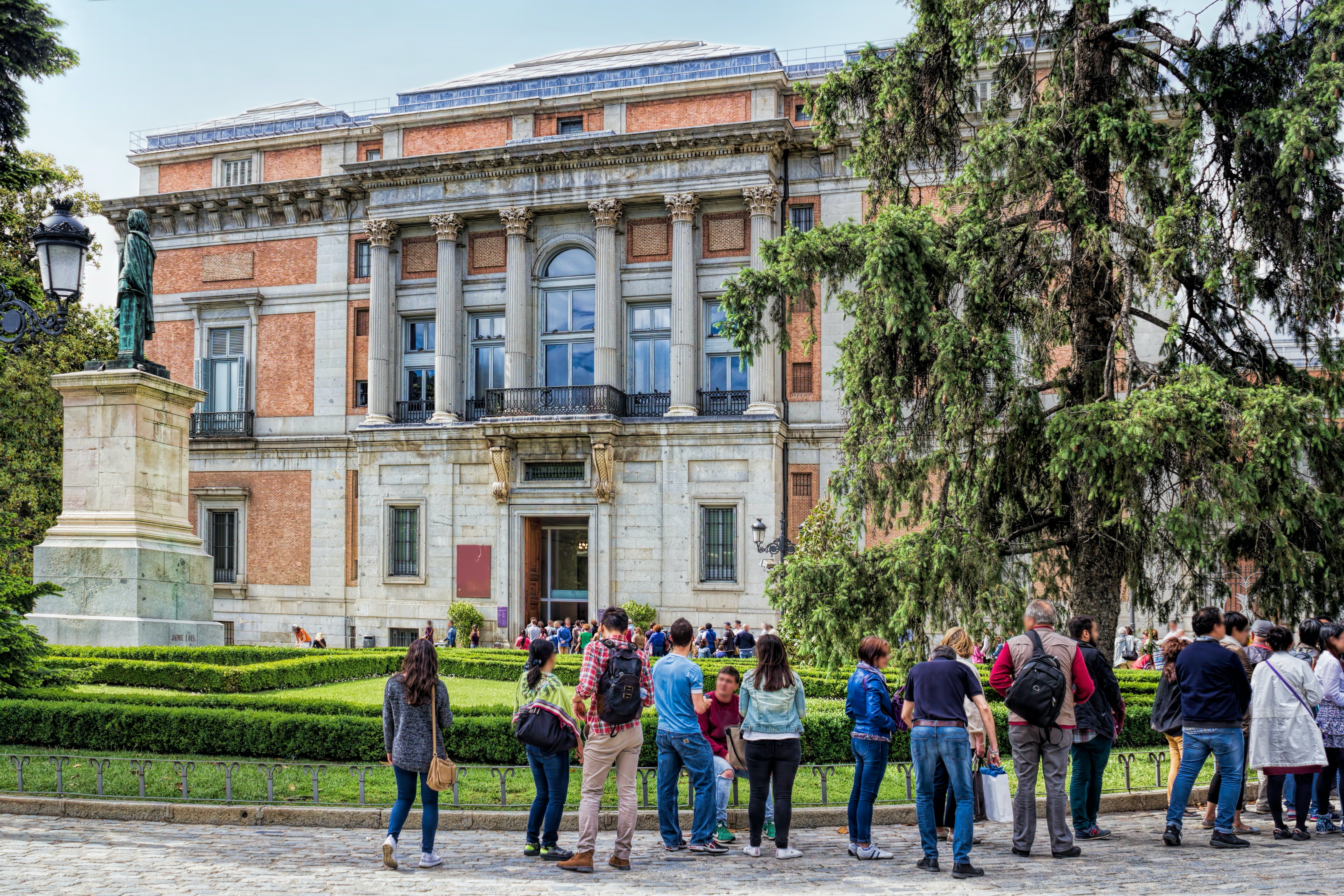 an analysis of the prado national museum in central madrid Temporal reach style location prado museum museo nacional del prado   neo-classical in style, centre of madrid national archaeological museum  an  overview on the history of national museums in spain, as well as an analysis of.