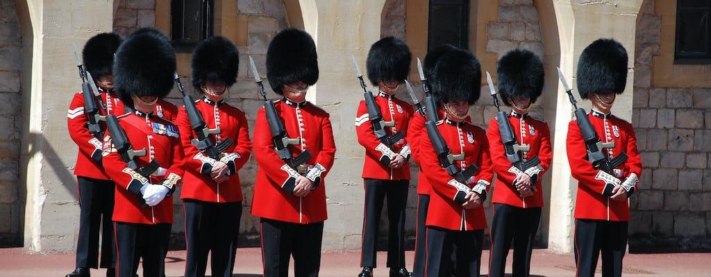 Visita a las Caballerizas reales con cambio de guardia