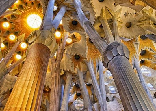 Wstęp do świątyni Sagrada Família zwiedzanie z przewodnikiem w małej grupie
