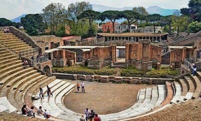 Salir de la ciudad,Traslados y servicios,Excursiones de un día,Tour por Nápoles,Excursión a Pompeya,Excursión a Sorrento,Excursión a Positano