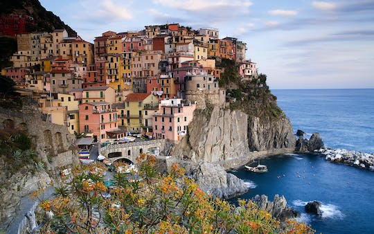 Full-day private tour of Cinque Terre with wine tasting