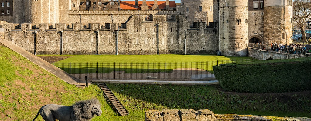 Tower of London fast-track entry and the River Thames family tour