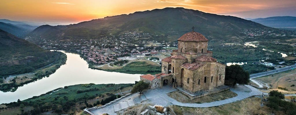 Tbilisi to Kazbegi full-day tour