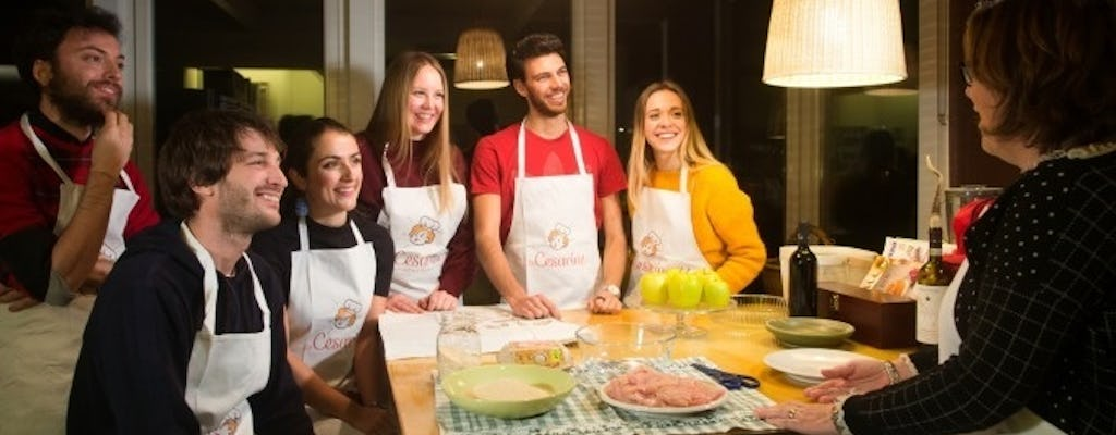 Market tour, lunch or dinner and show cooking at a Cesarina's home in Rome