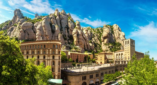 Montserrat and Cava tour with private pick-up from the Port of Barcelona