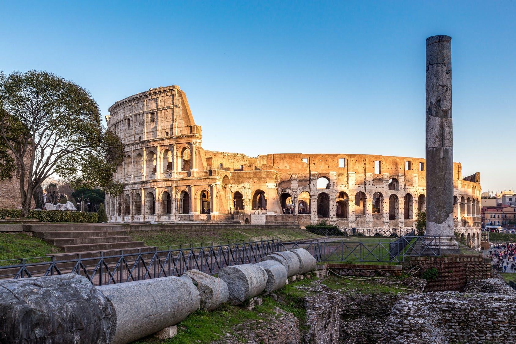 Ver la ciudad,City tours,Ver la ciudad,City tours,Tours andando,Walking tours,Tours históricos y culturales,Historical & Cultural tours,Palatino,Palatine,Visita guiada,Coliseo,Colosseum,Foro Romano,Forum