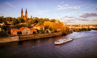 Ver la ciudad,Actividades,Visitas en barco o acuáticas,Actividades acuáticas,Crucero por el río Moldova