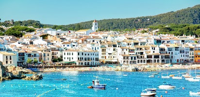Girona And Costa Brava Full Day Tour From Barcelona Musement