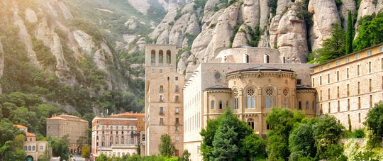Montserrat and Cava trail day tour from Barcelona