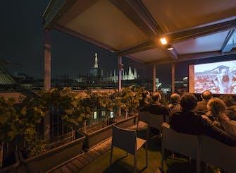 Biglietti per il Cinema Bianchini sui tetti della Galleria di Milano
