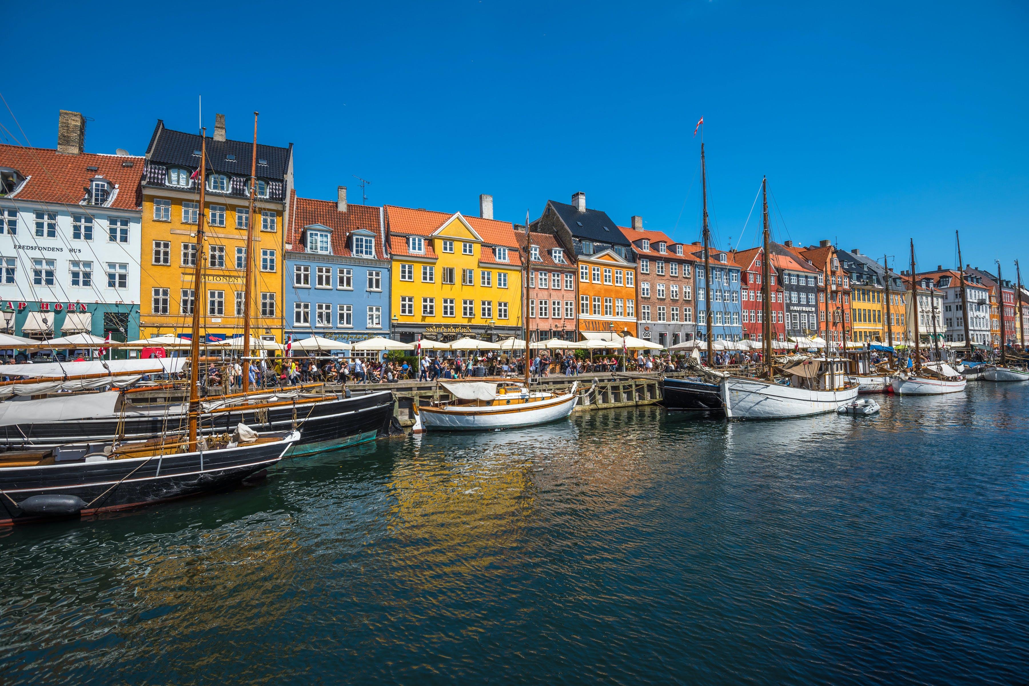 Ver la ciudad,Actividades,Visitas en barco o acuáticas,Actividades acuáticas,Barco turístico,Crucero canales de Copenhague