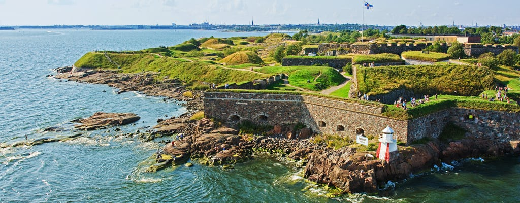 City sightseeing and Suomenlinna from Helsinki harbors