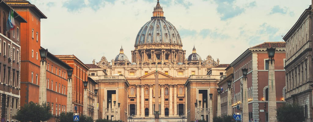 Skip-the-line Vatican, Sistine Chapel tour and access to St. Peter's Basilica