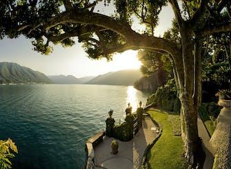 Spiagge e pendii del Lago di Como tour a piedi da Milano