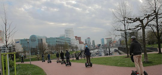 Düsseldorf: City and Rhine tour XXL on Self-balancing scooter