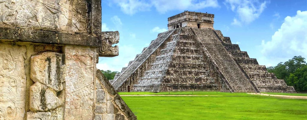 Guided tour of Chichén Itzá Wonder of the World