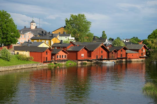 Helsinki highlights and Porvoo sightseeing tour