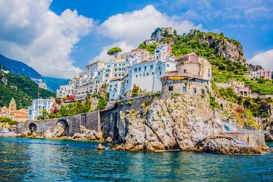 Private boat excursion in the Amalfi Coast from Sorrento