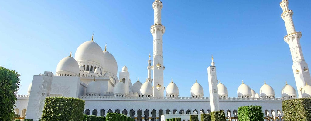 Visit the best attractions in Abu Dhabi - small group tour from Dubai