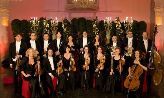 Una velada en Schönbrunn: visita al palacio, cena y concierto