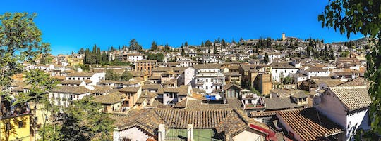 Albaicin and Sacromonte guided tour at the sunset