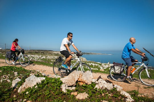 Guided bike tour through Otranto
