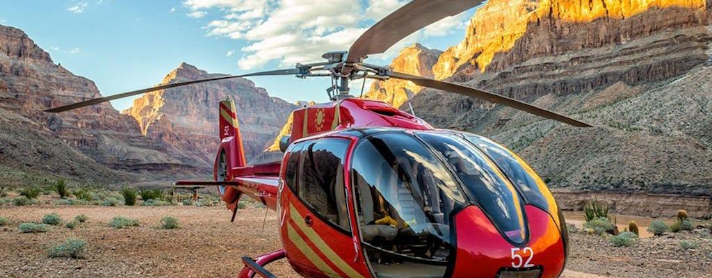 Вертолетный тур Короля Каньонов Западного края с дополнительным обновлением на закате