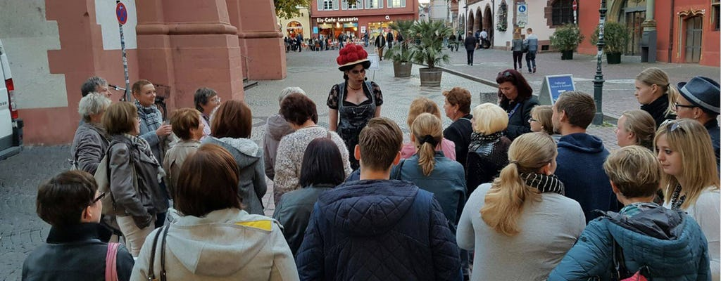 Chat and gossips over coffee - Freiburg walking tour with Drag Queen Betty BBQ