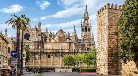 Seville cathedral and Giralda Tower skip-the-line tickets and guided visit