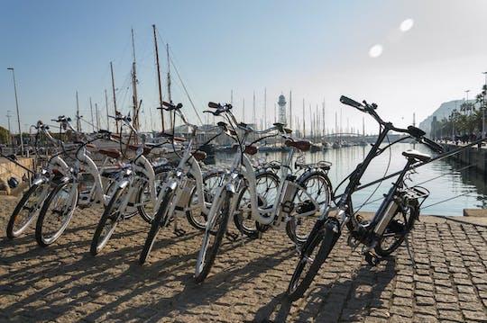 360 ° Barcelona no passeio de e-bike, catamarã e teleférico