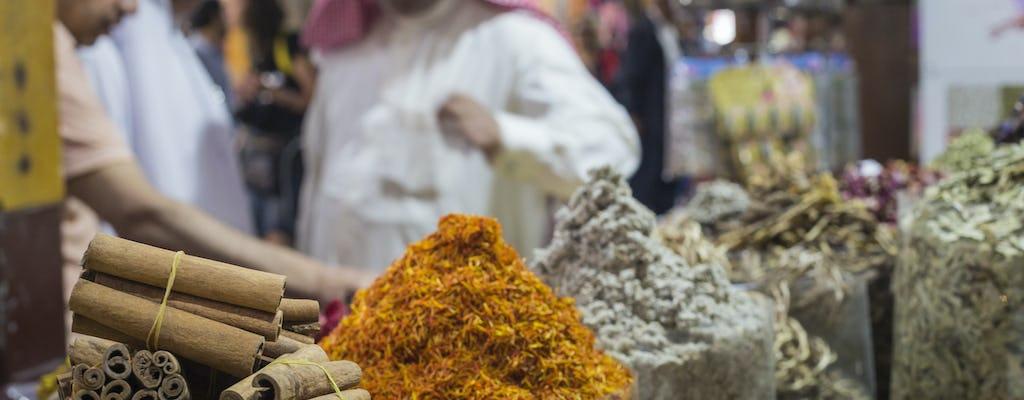 Tour di Dubai - cultura, caffè e souk colorati