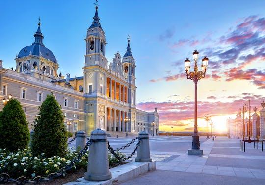 Tour panoramico di Madrid con ingresso al Palazzo Reale