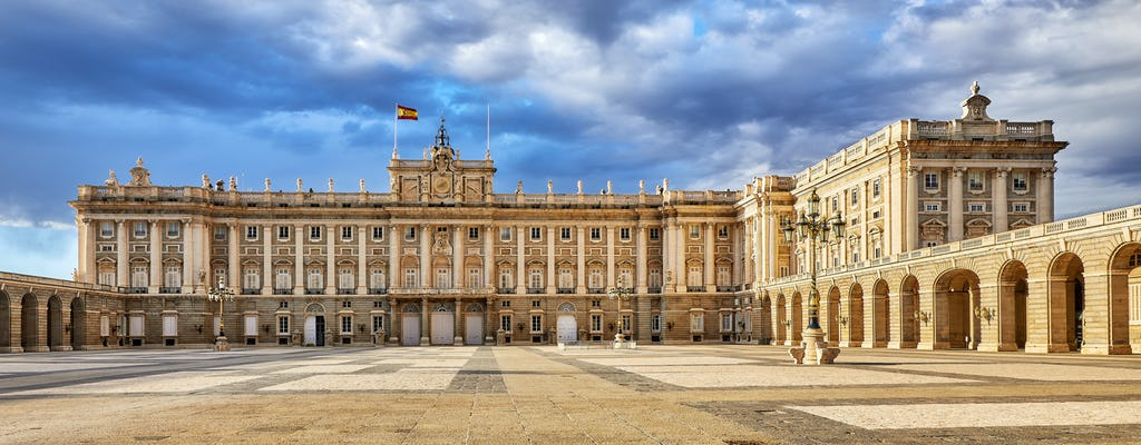 Bilhetes da Royal Palace skip-the-line e ônibus turístico com tapas