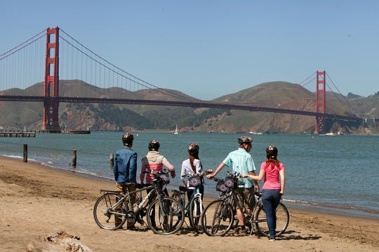 Golden Gate Bridge to Sausalito guided bike tour