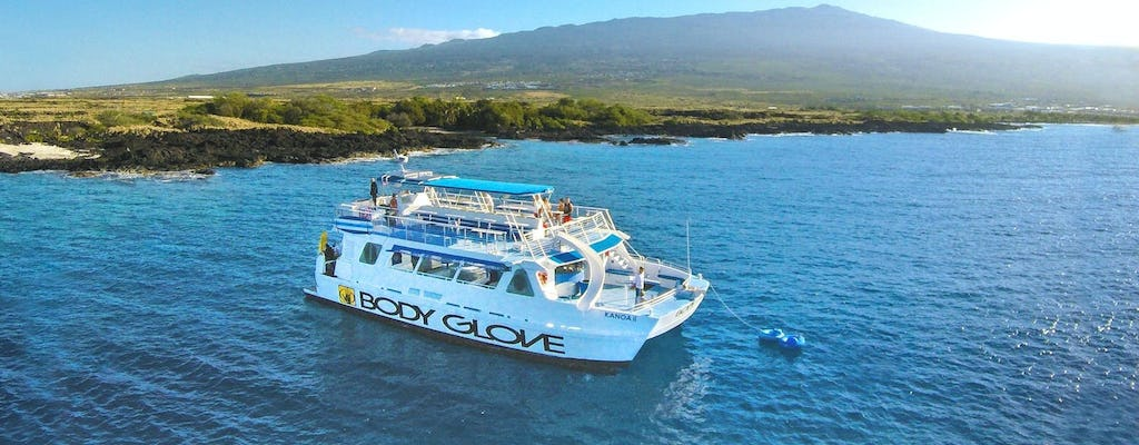 Snorkel and dolphin watching experience on a luxury catamaran from Kona