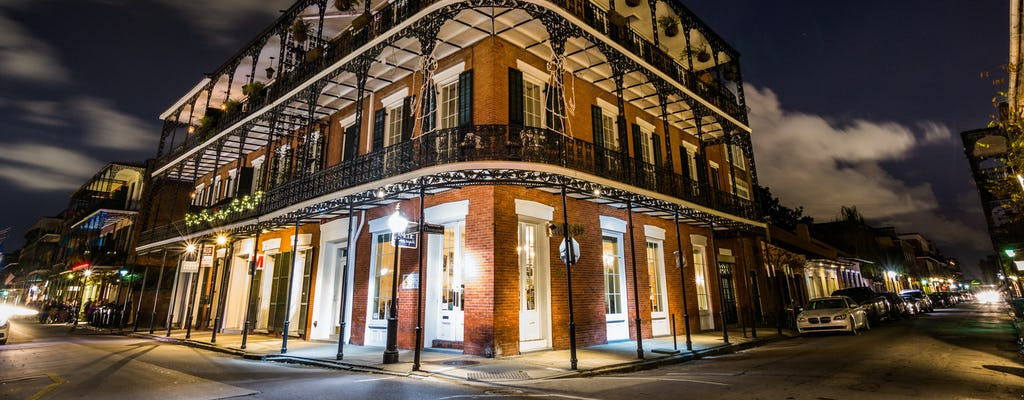 Spooky kid-friendly family ghost tour