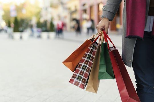 Tour de compras por The Mall y The Space con traslado privado desde Florencia