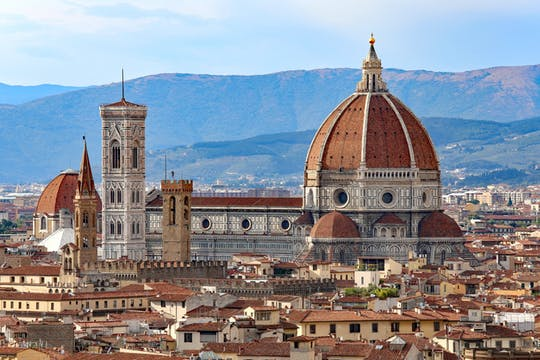 Cupola climb and Duomo Square private tour