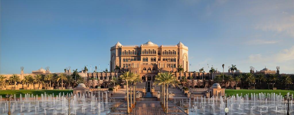 Tour della città di Abu Dhabi e pranzo all'Emirates Palace da Dubai