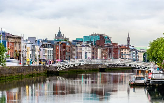 Highlights and Hidden Corners tour of Dublin