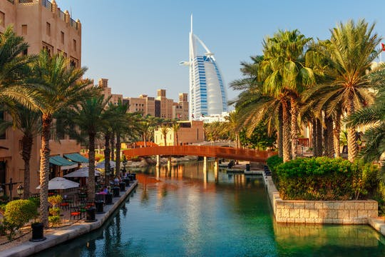 Dubai old and modern city tour with Blue Mosque visit