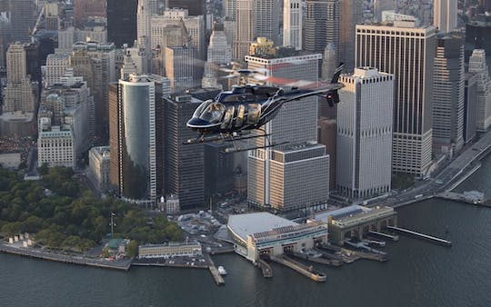 Deluxe Tour - Volo in elicottero su New York