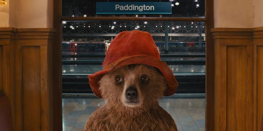 Oso Paddington a pie de Londres